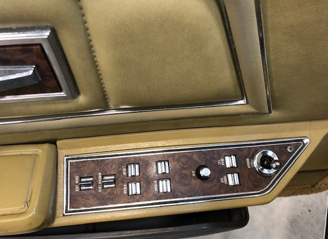 Lincoln continental Mark 4 full